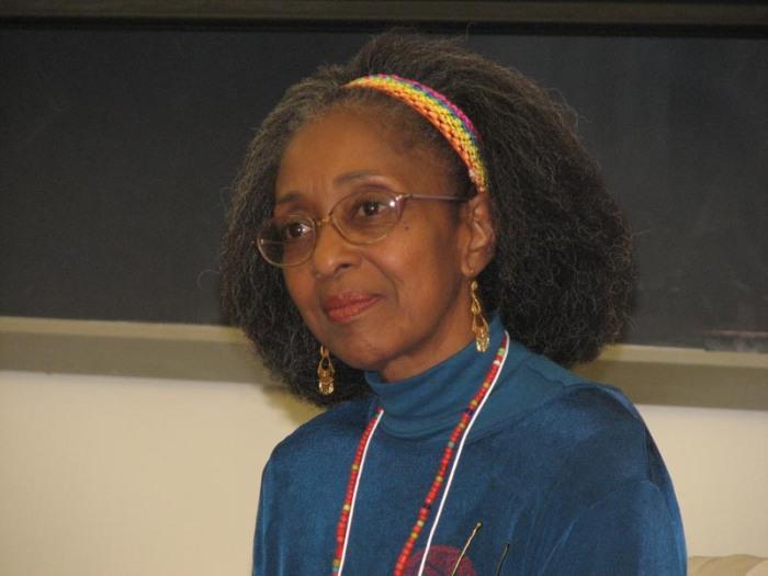 La Vida En Black History… Maestra GloriaRolando